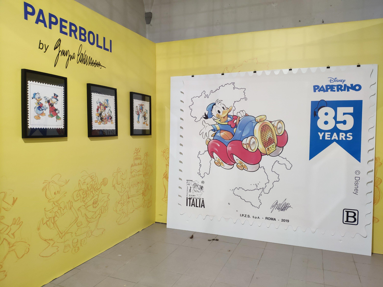 Mio Caro Fumetto - Lucca Comics & Rain 2019 - I paerbolli e il francobollo più grande del mondo.