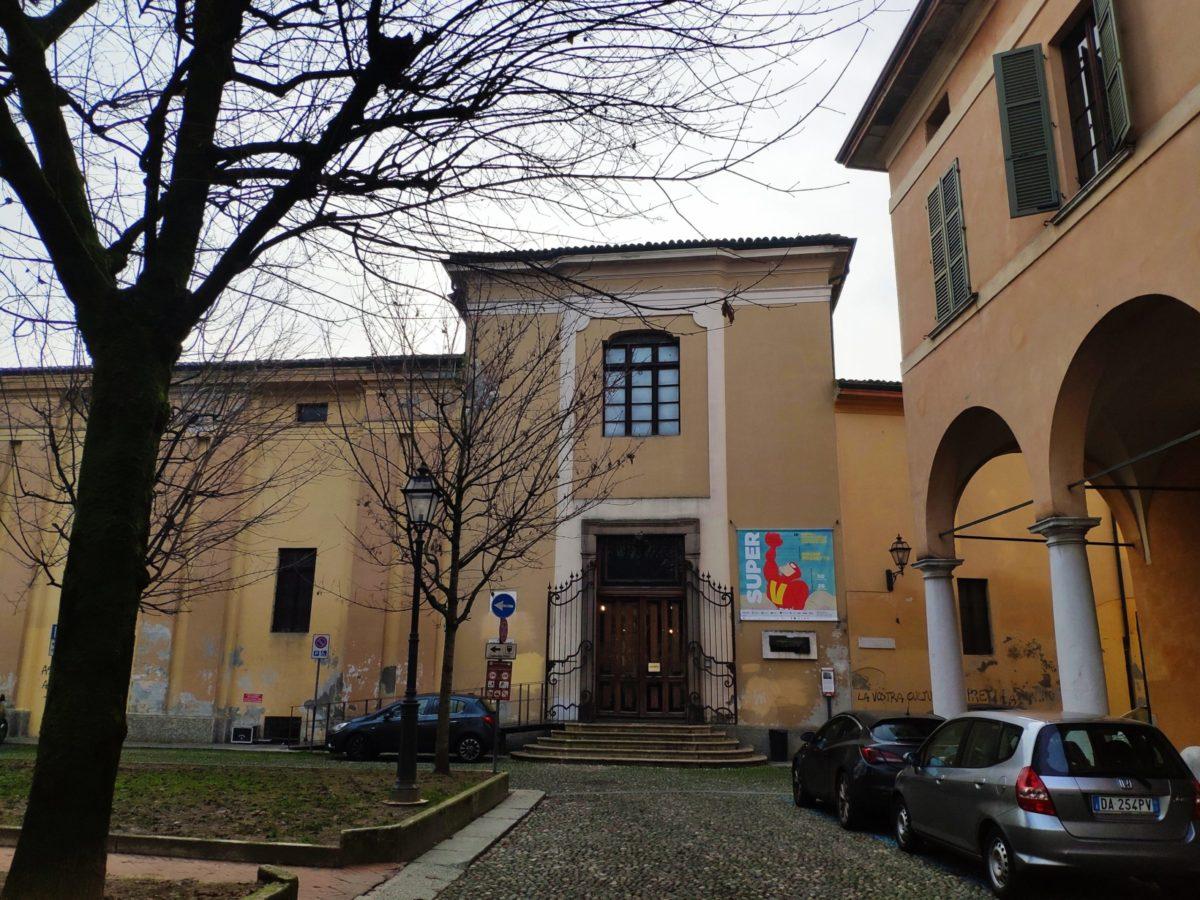 Mio caro fumetto… – L'ingresso della mostra Super a Piazza Giovanni XXIII a Cremona