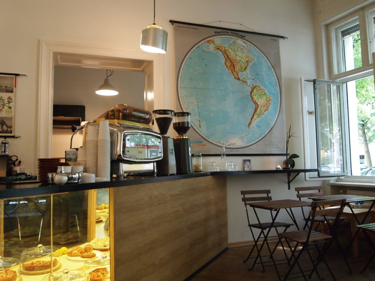 Mio caro fumetto… – Interno del Five Elephant Coffee di Berlino