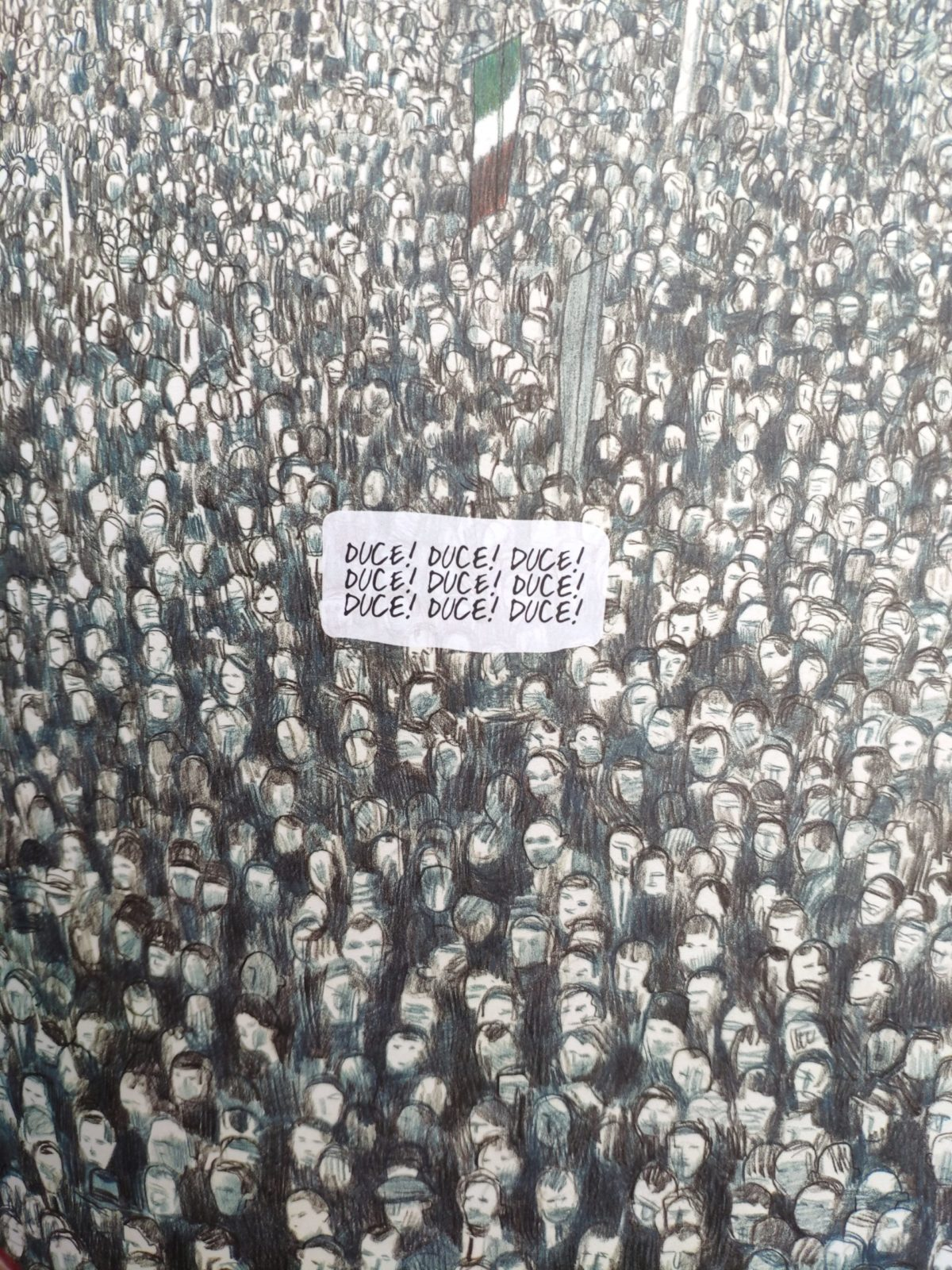 Mio caro fumetto… - Folla inneggiante al Duce in una piazza di Trieste