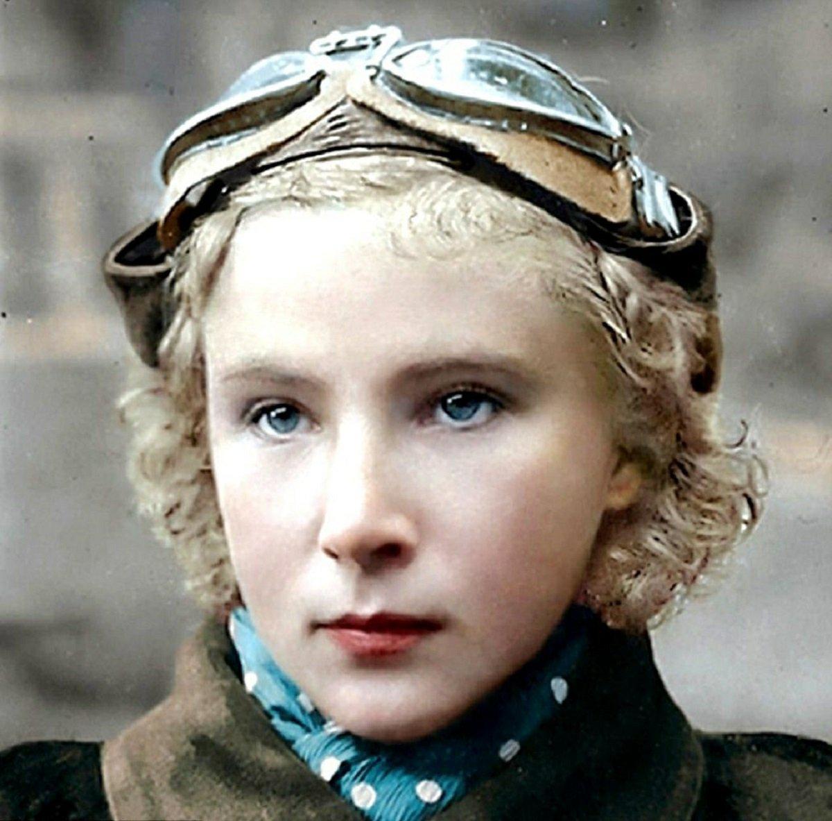 Mio caro fumetto... - La pilota russa Lidija Vladimirovna Litvjak, Il Giglio Bianco di Stalingrado